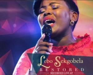 Lebo Sekgobela - Holy (Live)